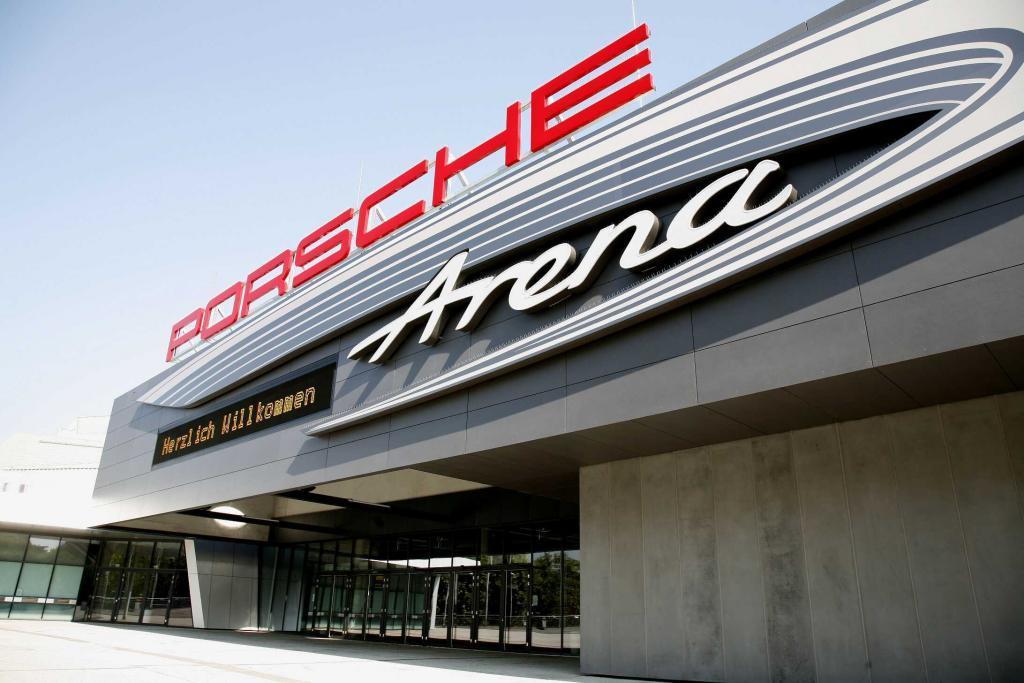 Porsche Arena von vorne